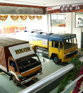 Facilities for working on fully loaded vehicles